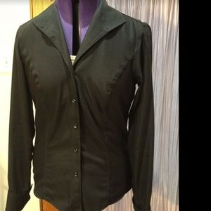 Brooks Brothers semi-fitted non-iron cotton blouse